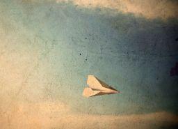 Von Spatzen und Papierflugzeugen.