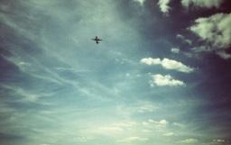 Fliegend, fliehend.